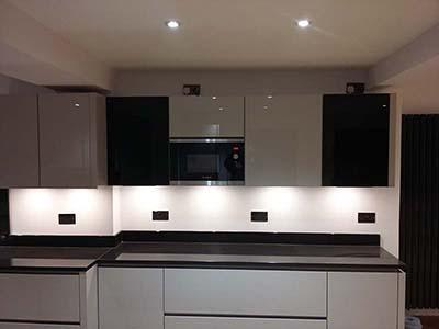 Modern Handleless High Gloss Grey Kitchen